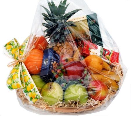 Flora Niche South Africa-Simply Delicious-Hamper of fruit, chocolates, nuts and juice
